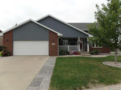 7701 S Hughes Ave, Sioux Falls, SD 57108