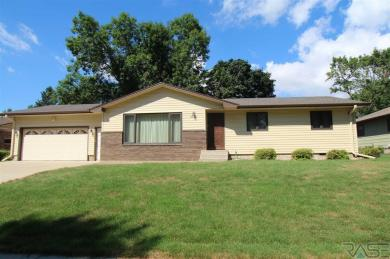 2801 S Lincoln Ave, Sioux Falls, SD 57105