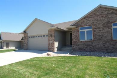 5404 S Durham Ave, Sioux Falls, SD 57108