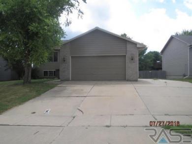 6419 W 54th St, Sioux Falls, SD 57106
