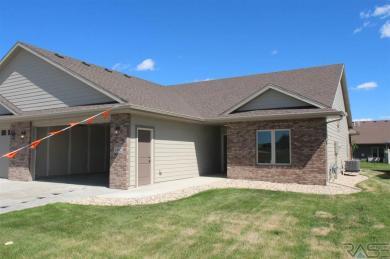 5402 S Durham Ave, Sioux Falls, SD 57108