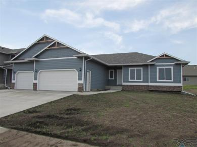 8009 W Lancaster St, Sioux Falls, SD 57106