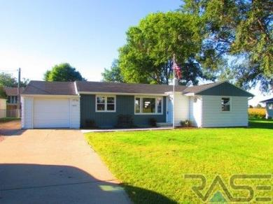 47471 258th St, Renner, SD 57055