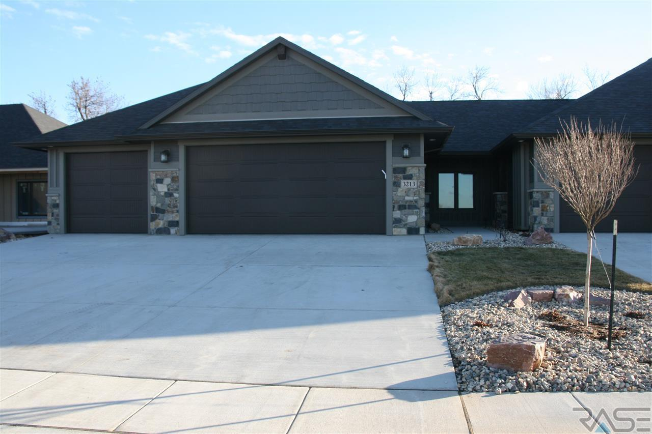 Mls 21605770 3213 w 77th st sioux falls sd 57108 for Cabins in sioux falls sd