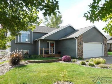 7209 W Rosemont Ln, Sioux Falls, SD 57106