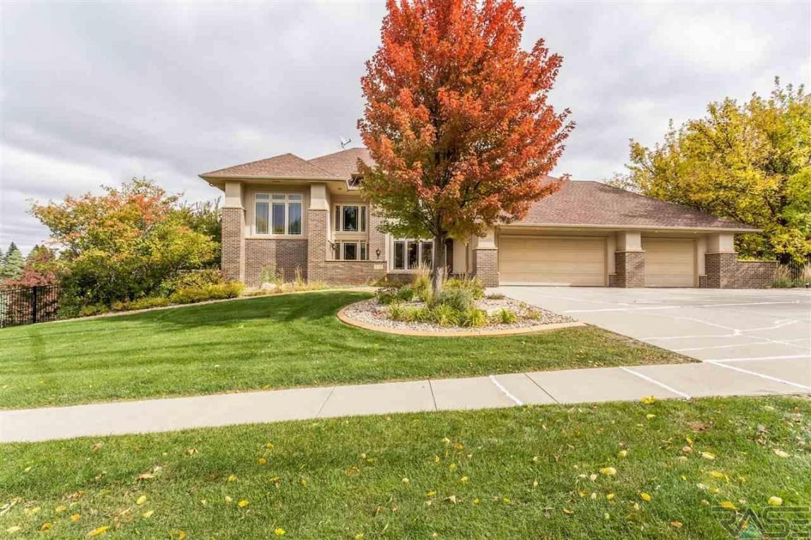 3110 S St Francis Ln, Sioux Falls, SD 57103