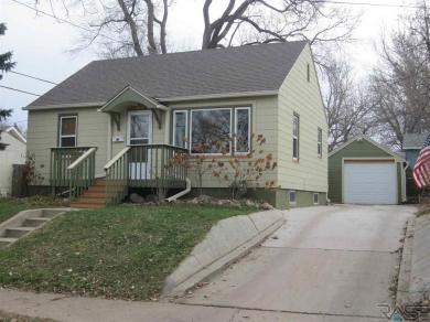 819 W 3rd St, Sioux Falls, SD 57104