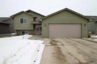 2812 S Grinnell Ave, Sioux Falls, SD 57106