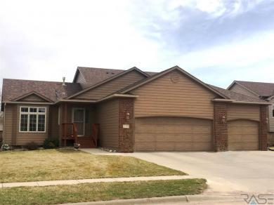 7800 S Hughes Ave, Sioux Falls, SD 57108