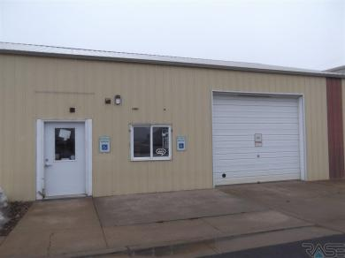 140 S Main Ave, Tea, SD 57064