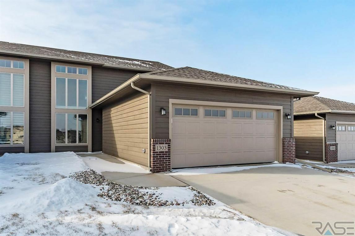 1303 S President Ct, Sioux Falls, SD 57106