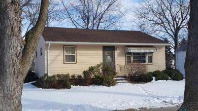400 S Juniper Ave, Marion, SD 57043