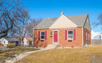 1512 W 15th St, Sioux Falls, SD 57104