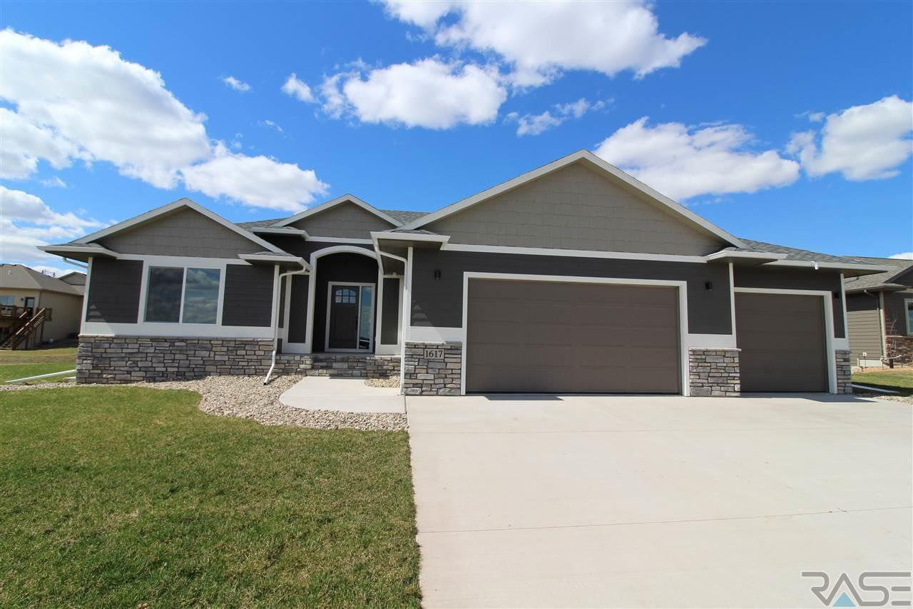 mls 21701209 1617 n notley ct sioux falls sd 57110