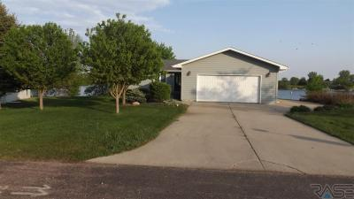 Photo of 6322 Harbor Way, Wentworth, SD 57075