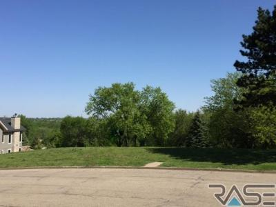 Photo of 304 W Harpel Dr, Sioux Falls, SD 57105