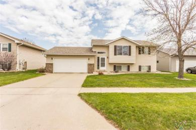 4420 W Antelope Dr, Sioux Falls, SD 57107