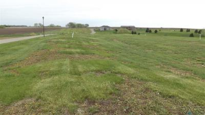 Photo of Lake Ridge 5,7,8,9 Twin H Dr, Wentworth, SD 57075