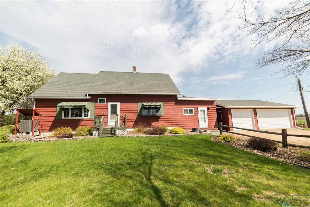 Open House 23328 460th Ave Wentworth Sunday 1 pm