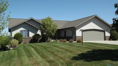 Photo of 6362 Harbor Way, Wentworth, SD 57075
