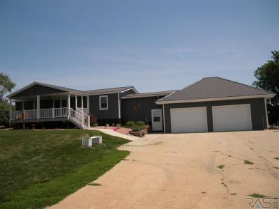Photo of 23112 452nd Ave, Madison, SD 57042