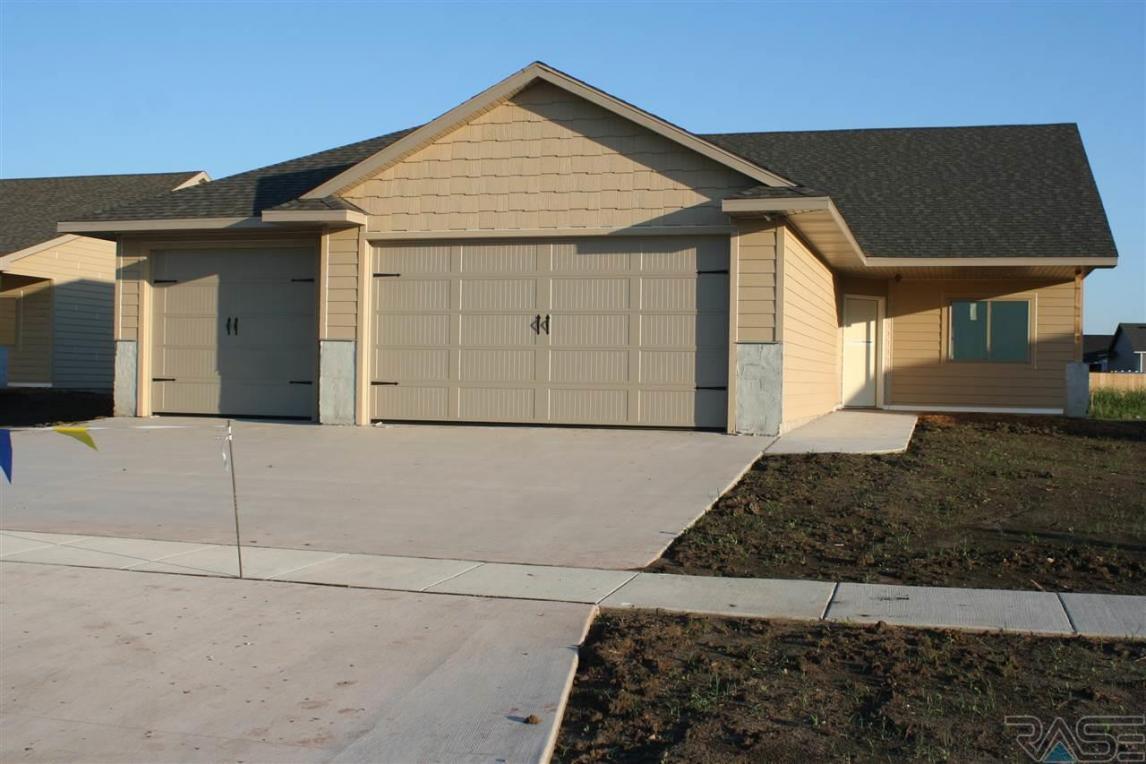 3413 E Stoney Brook Trl, Sioux Falls, SD 57110