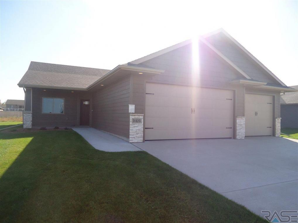 3405 S Stoney Brook Trl, Sioux Falls, SD 57110