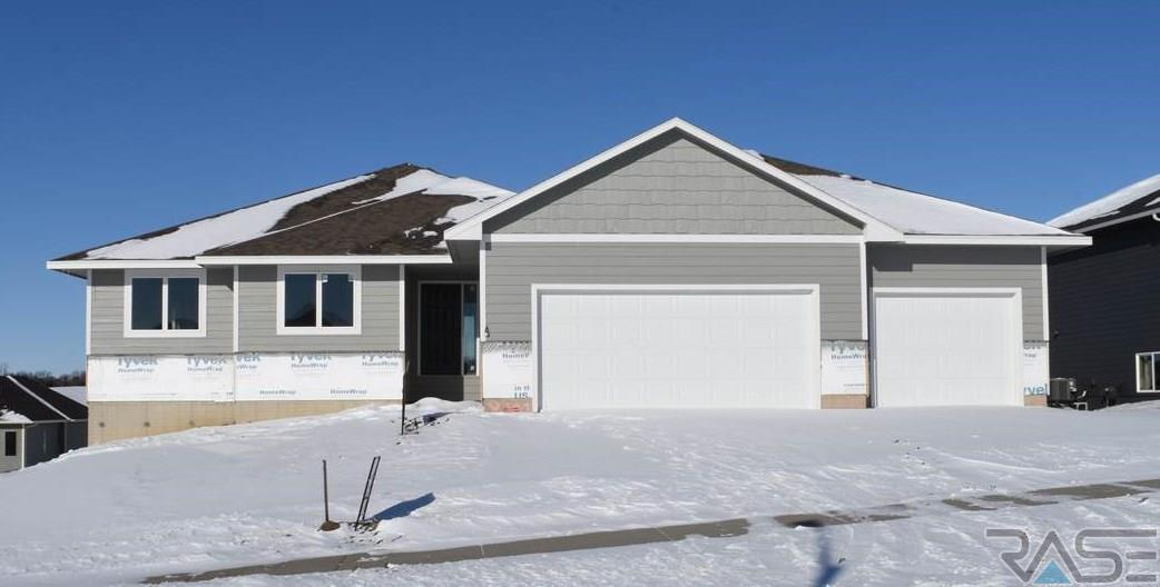 8300 E Willow Leaf St, Sioux Falls, SD 57110