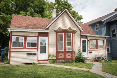 Photo of 414 W 12th St, Sioux Falls, SD 57104
