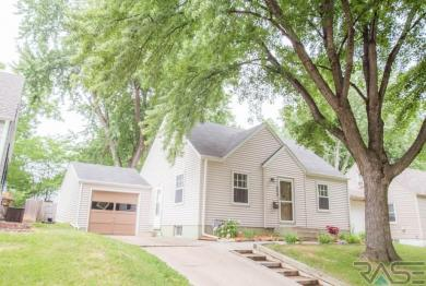 909 S Glendale Ave, Sioux Falls, SD 57104