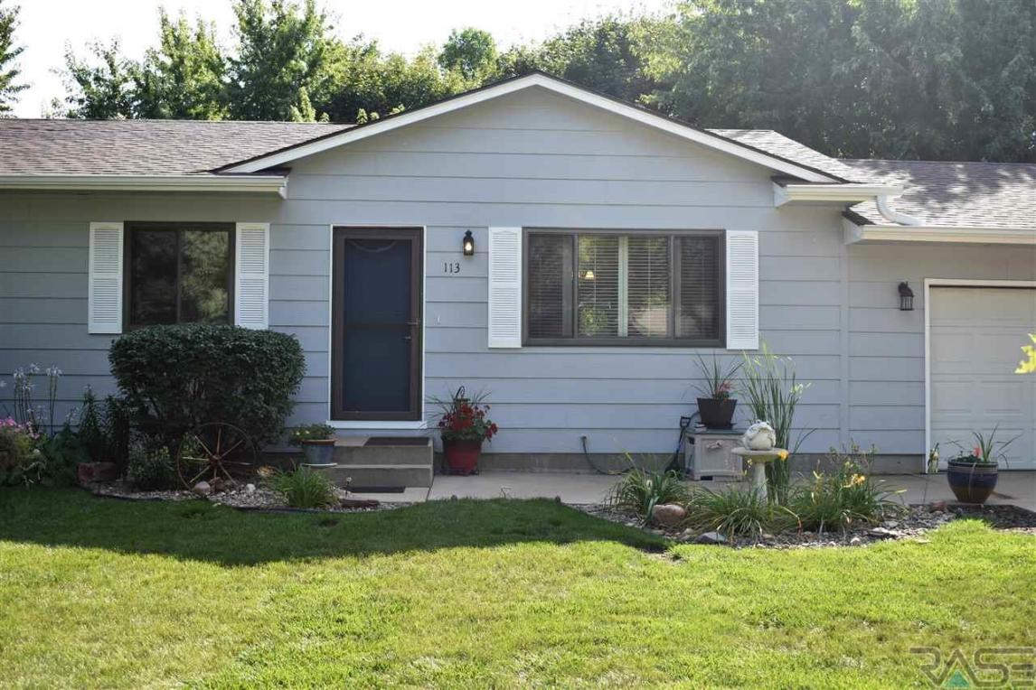 113 W Alpine Cir, Brandon, SD 57005