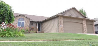 7521 S Denton Ave, Sioux Falls, SD 57108