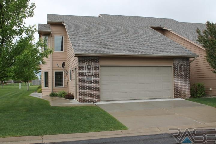 8107 S Brenda Pl, Sioux Falls, SD 57108