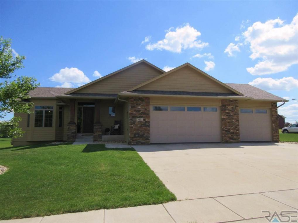 7001 Archstone St, Sioux Falls, SD 57110