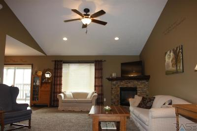 Photo of 215 Ivy Rd, Tea, SD 57064