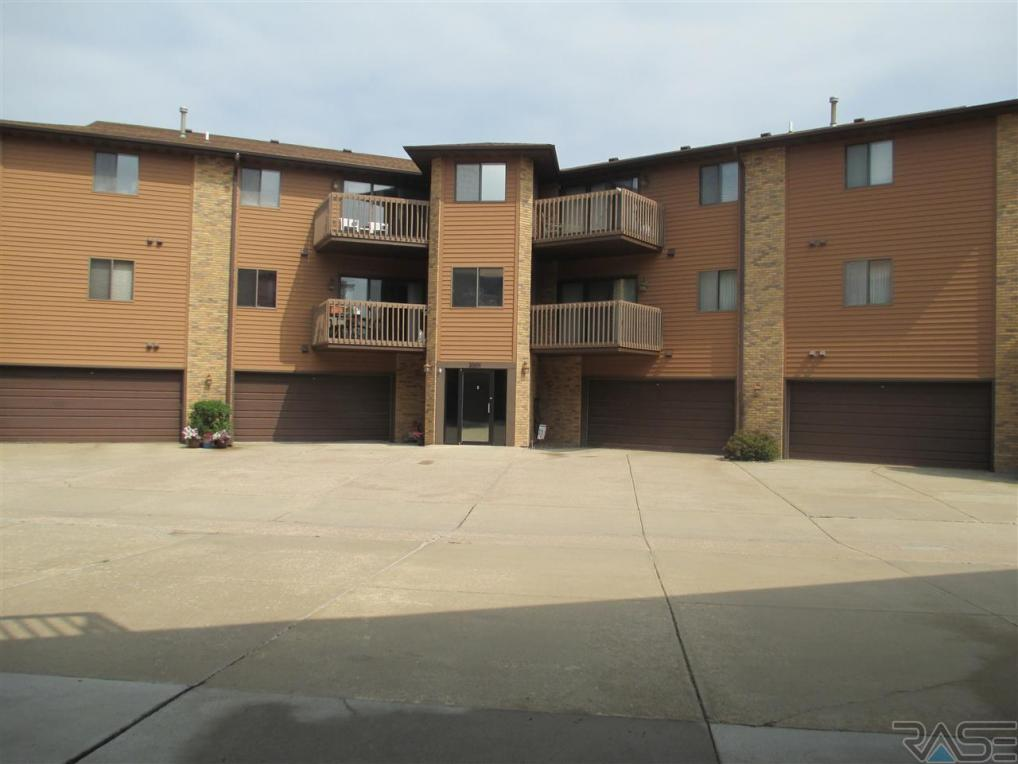 3001 W 33rd St #206, Sioux Falls, SD 57105