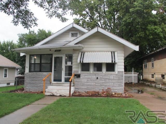604 S Grange Ave, Sioux Falls, SD 57104