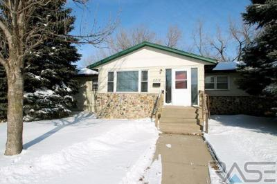 Photo of 2312 E 6th St, Sioux Falls, SD 57103