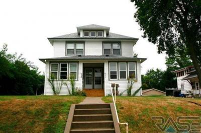Photo of 611 N Duluth Ave, Sioux Falls, SD 57104