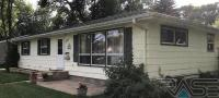 521 4th St Nw, Watertown, SD 57201