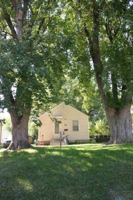 Photo of 1417 S Van Eps Ave, Sioux Falls, SD 57104