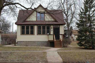 Photo of 109 S Liberty Ave, Madison, SD 57042