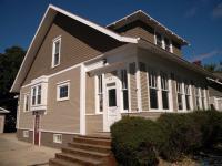 414 NE 1st St, Madison, SD 57042