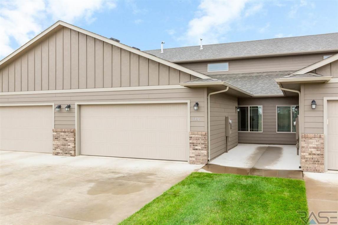 9434 W Broek Dr, Sioux Falls, SD 57106
