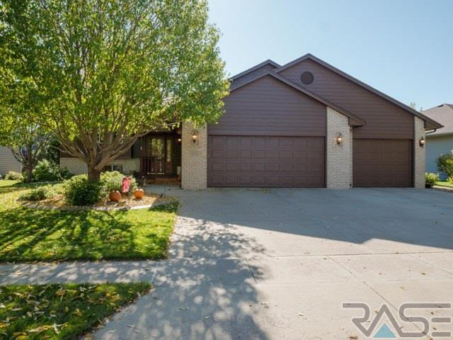 3232 S Grace Ave, Sioux Falls, SD 57103
