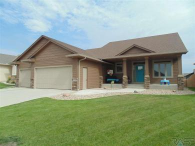 6328 S Badlands Ct, Sioux Falls, SD 57108