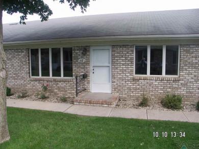118 W Warren St, Luverne, MN 56156