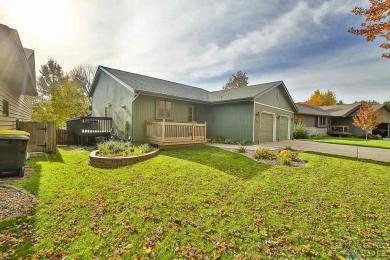 2409 S Avondale Ave, Sioux Falls, SD 57110