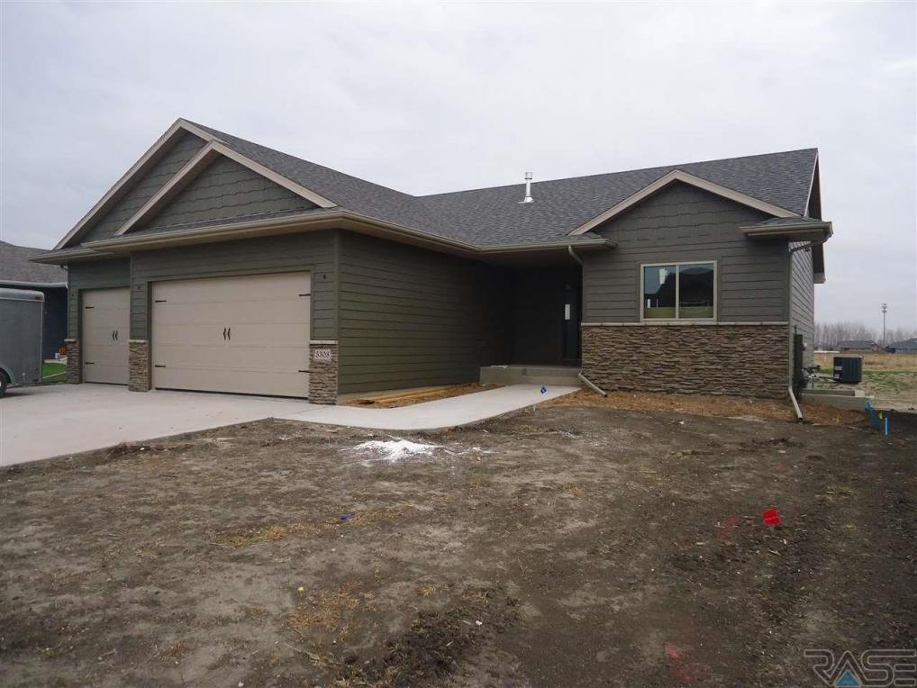 5308 S Solono Ave, Sioux Falls, SD 57110