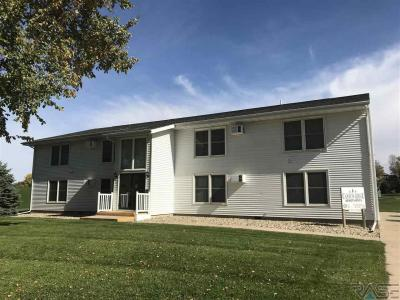 Photo of 812 S Canyon Ave, Garretson, SD 57030